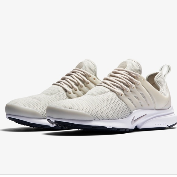 newest collection 1e648 803f9 Nike Presto Women's Running Shoe - beige. LIKE NEW